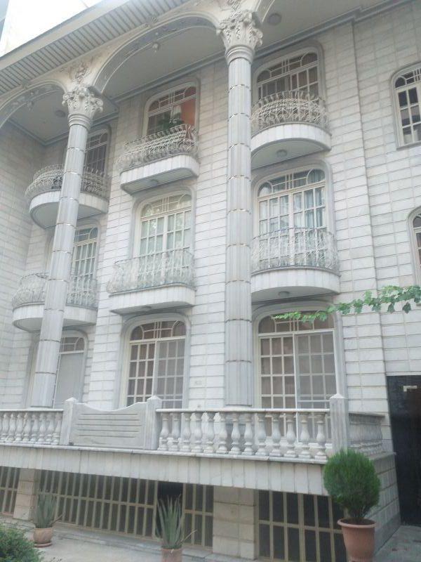اجاره آپارتمان دروس بلوار آیینه ۱۸۵ متر